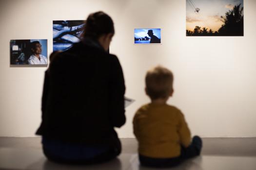 Vernissage de l'exposition « Un passé sous silence » d'Émilie Arfeuil, octobre 2015 © Maxime Faury