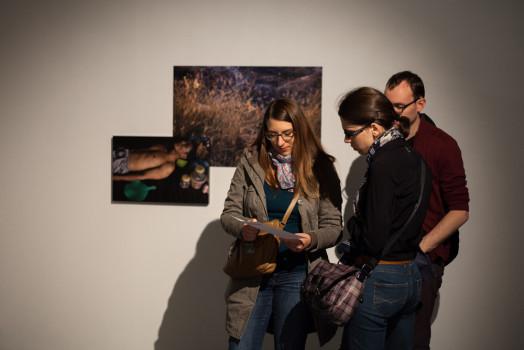Vernissage de l'exposition « Un passé sous silence » d'Émilie Arfeuil © Maxime Faury