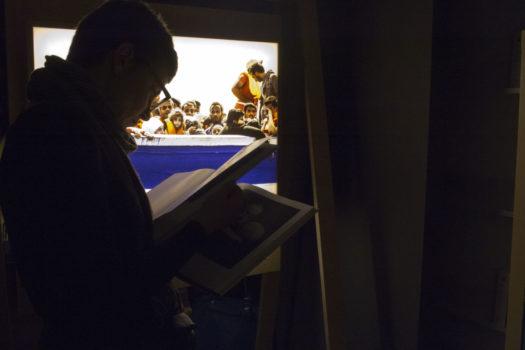 Vernissage de l'exposition « William Kentridge et Moving Beyond Borders. Marcher : une double exposition sur les réalités migratoires », mars 2017 © Stimultania