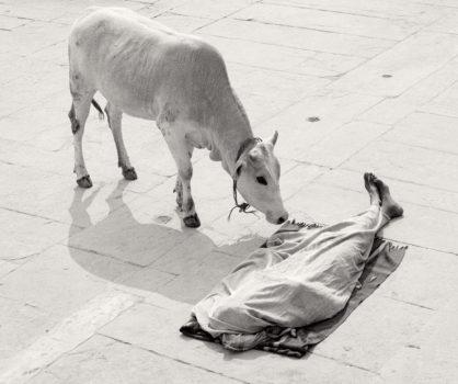 Varanasi, Inde, 1999 © Pentti Sammallahti